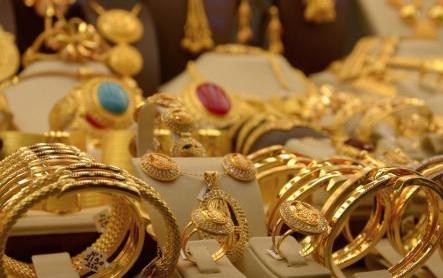 Где выгодно купить ювелирные украшения из золота?